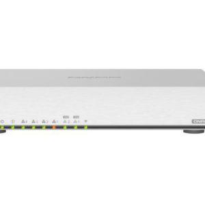 QNAP QHora-301W ualcomm IPQ8072A Hawkeye 2 Quad-core 2.2 GHz 64-bit 2 10GbE 4 1GbE 2 USB 3.2 12V DC Wireless Speed 2.4GHz Wireless Speed 5 GHz